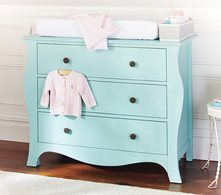 nursery furniture sale at pottery barn save up to 350 calculate costs of having a baby. Black Bedroom Furniture Sets. Home Design Ideas